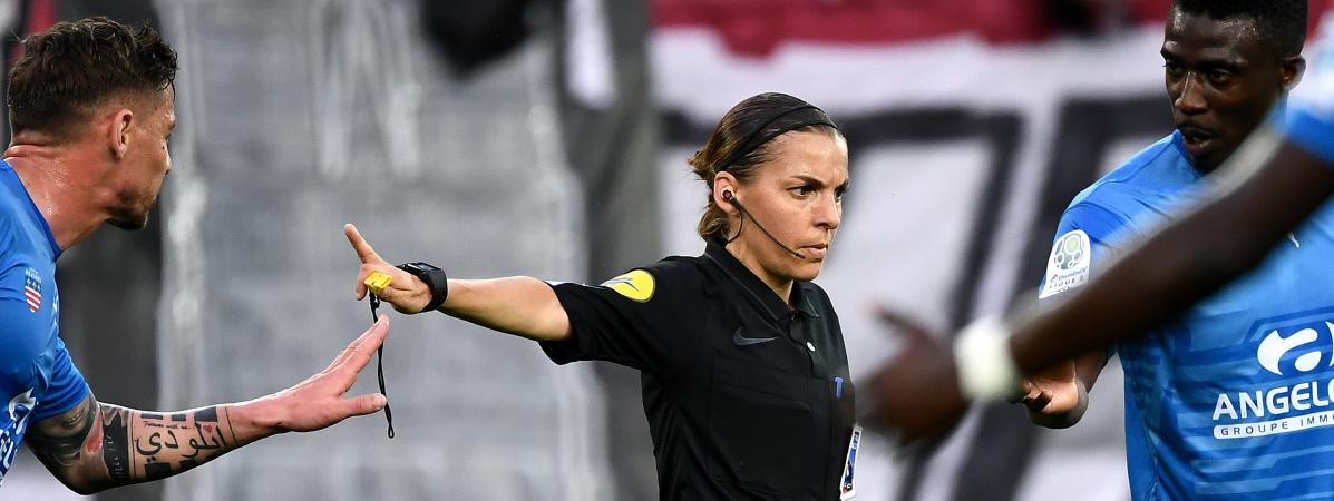 arbitre-stephanie-frappart-football